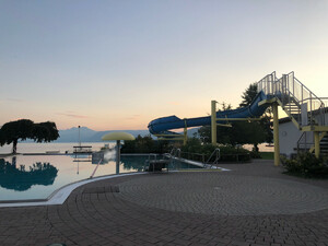 Badeplatz Strandbad Seewalchen Bild 1
